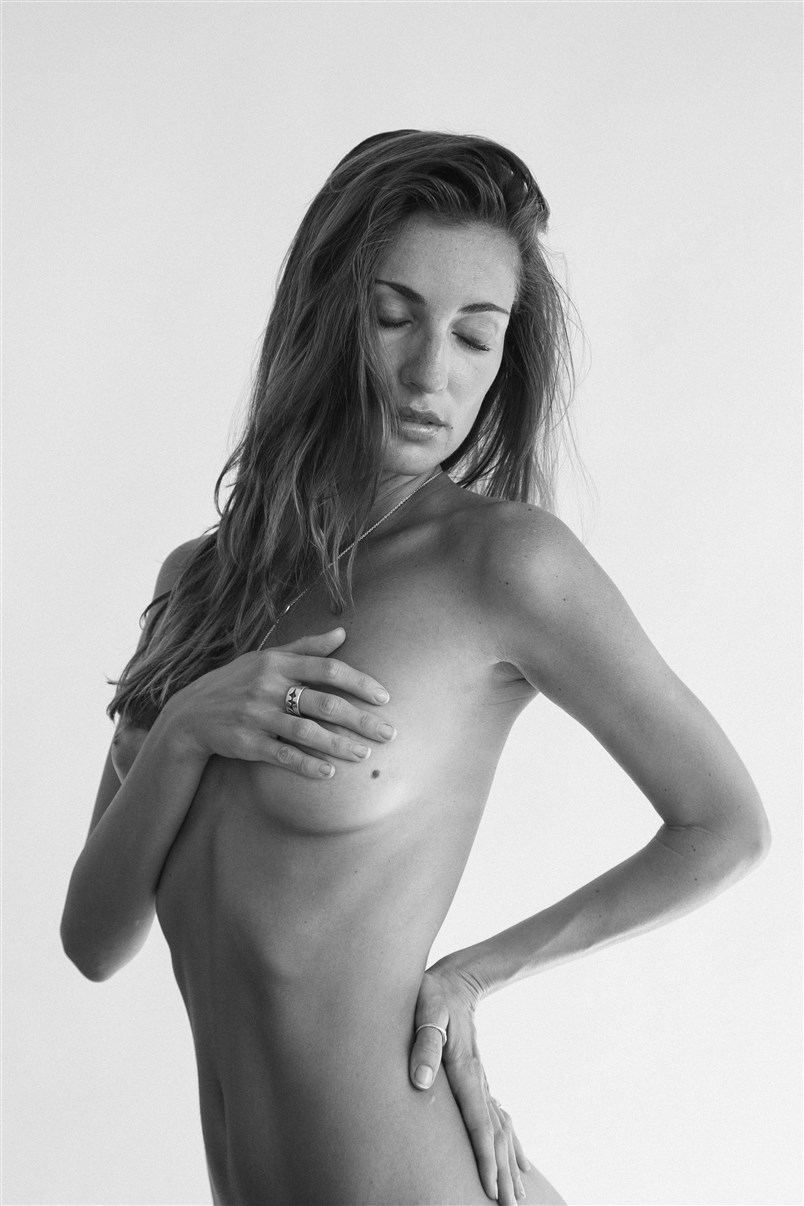 Elen фотограф Brandon Juarez для Rendezvous Magazine