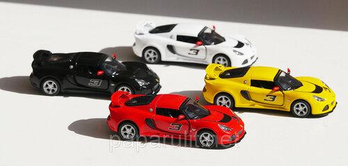 Kinsmart 2012 Lotus Exige S (27).jpg