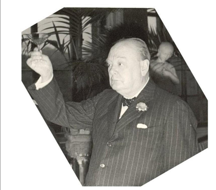 У.Черчилль поднимает пост