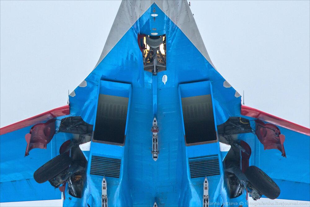 """Escuadrilla acrobatica """"Caballeros Rusos"""" 0_bb380_c8ada2d_XXL"""
