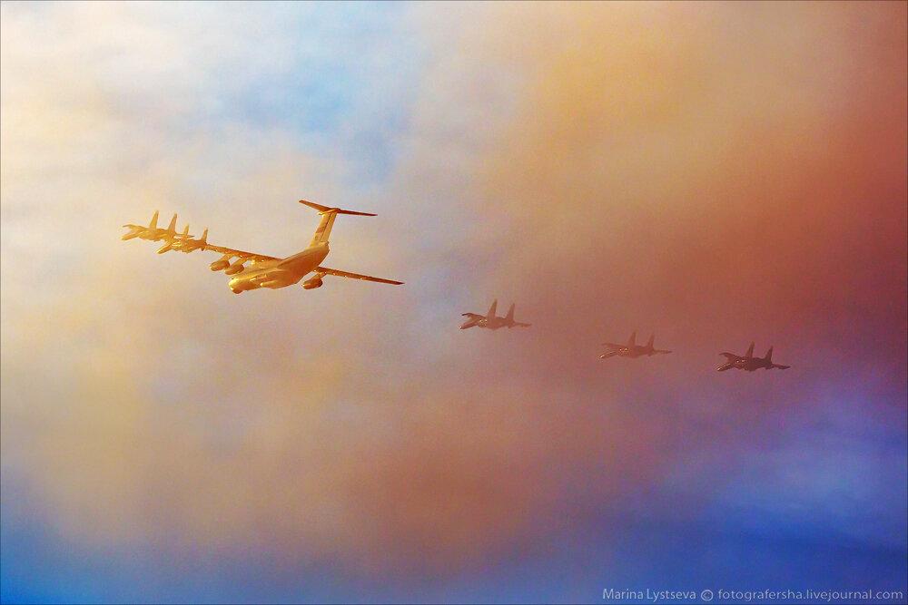 """Escuadrilla acrobatica """"Caballeros Rusos"""" 0_bb3a6_2a1d6715_XXL"""