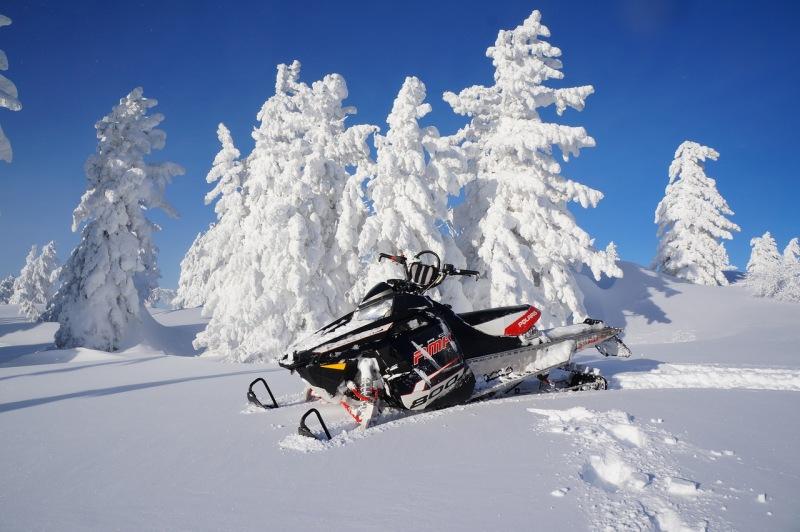 Управление снегоходом на местности где вы ни разу не были