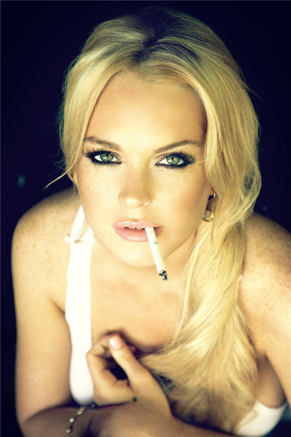 Lindsay Lohan / Линдсей Лохан в журнале GQ Germany, август 2010 / фотограф  Ellen Von Unwerth