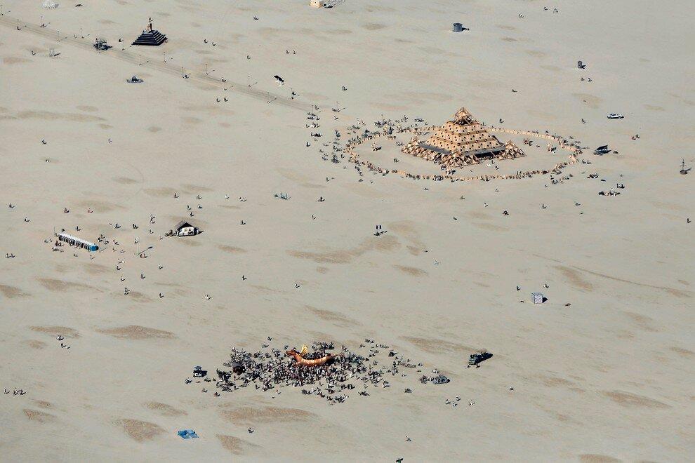 Ежегодный фестиваль музыки и искусства Burning Man