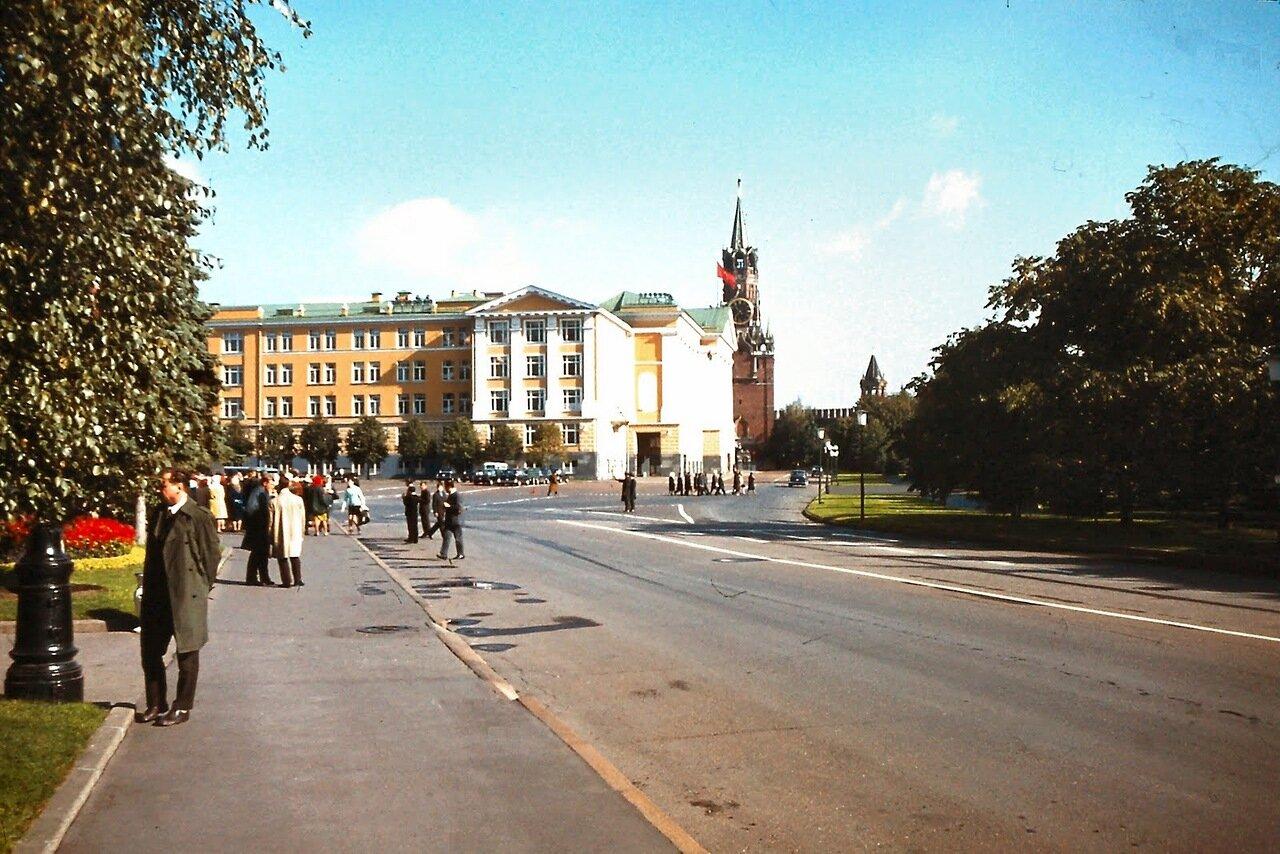 MOSCOU - Batiments officiels dans le Kremlin
