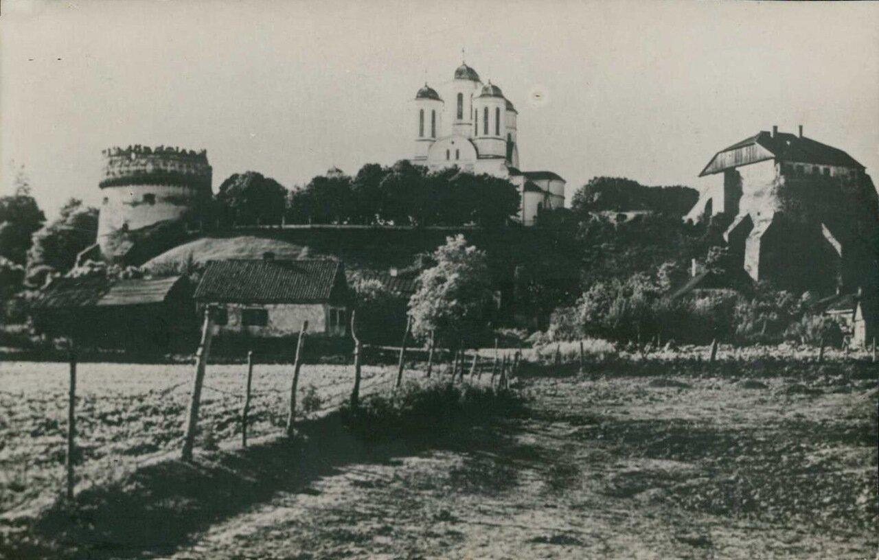 Богоявленский собор и замок