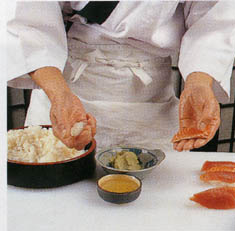 Приготовление нигири-суши (фото)