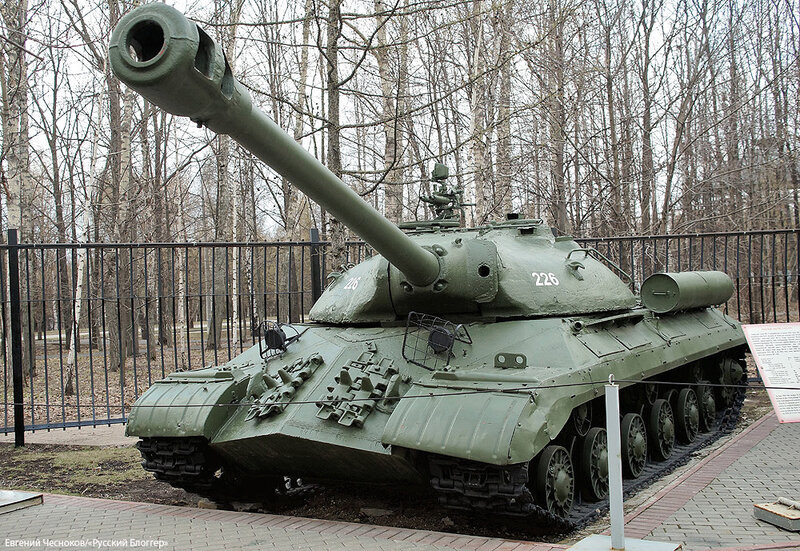 47. Музей ВОВ. 21.04.15.79.тяжелый танк ИС-3..jpg