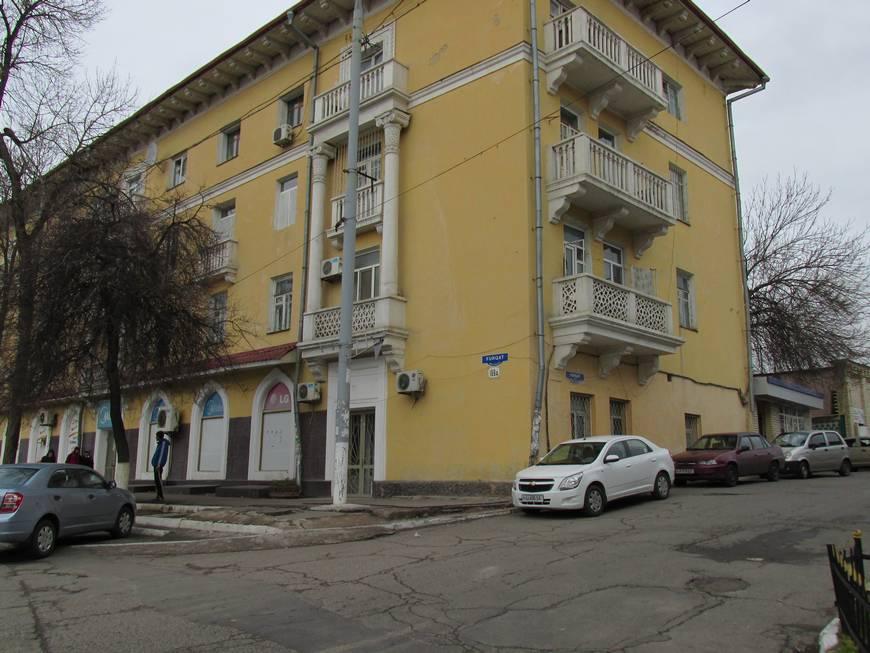 сталинские дома на улице бабура 12.JPG