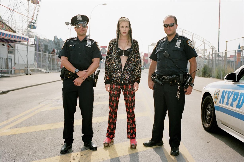 Прогулка по Кони-Айленд с Эшли Смит / Ashley Smith by Jason Lee Parry in SRC783 #2