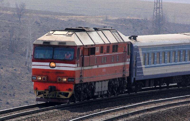 """ТЭП70-0495 с поездом """"Лугань"""""""