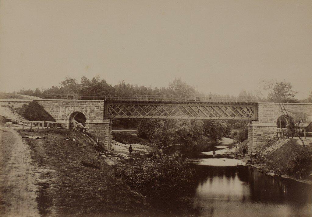 Железнодорожный мост через реку Абулс
