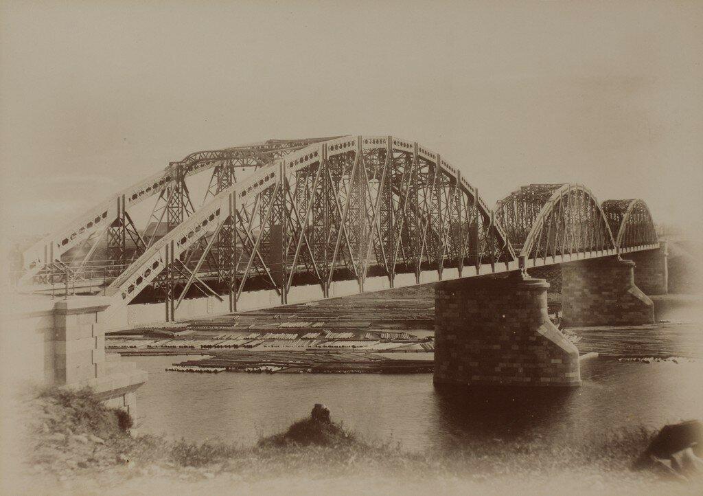 Рига. Железнодорожный мост через Великую (Рижский мост) после окончания строительства (Вид сбоку)