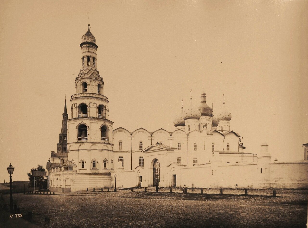 Вид на Благовещенский собор в Кремле