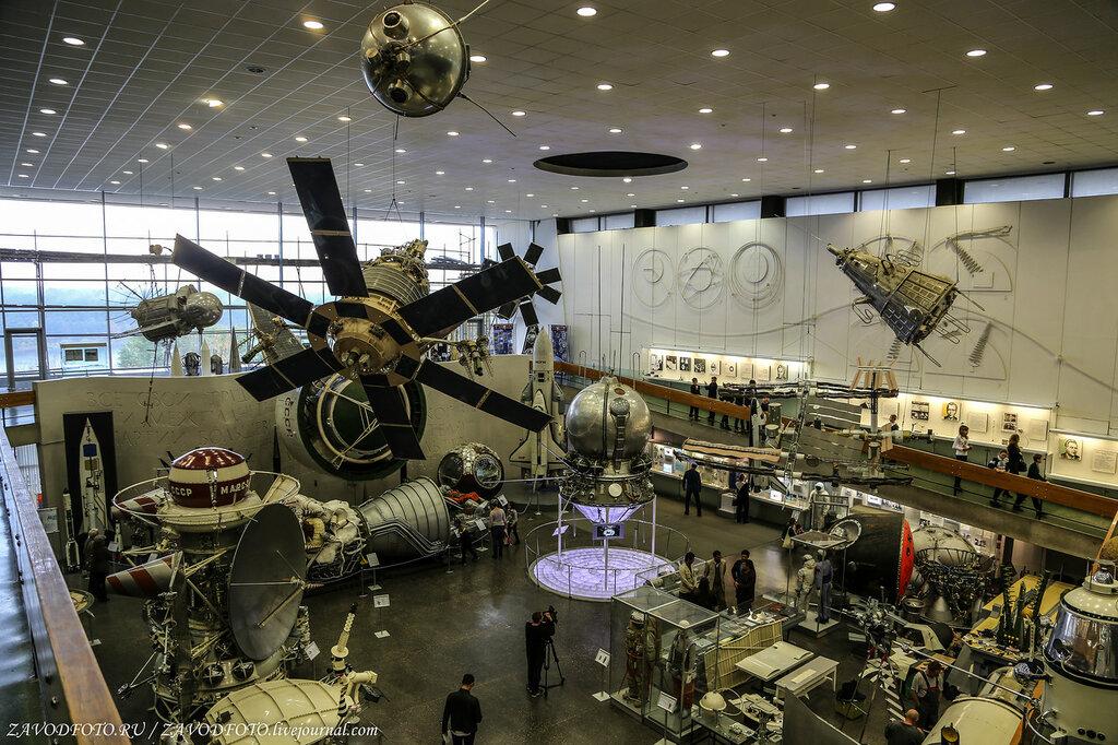 С Международной космической станции выбросили самый тяжелый в истории мусор