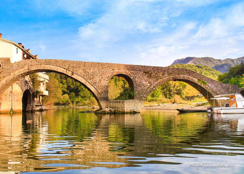 Мост в Риеке Црноевича