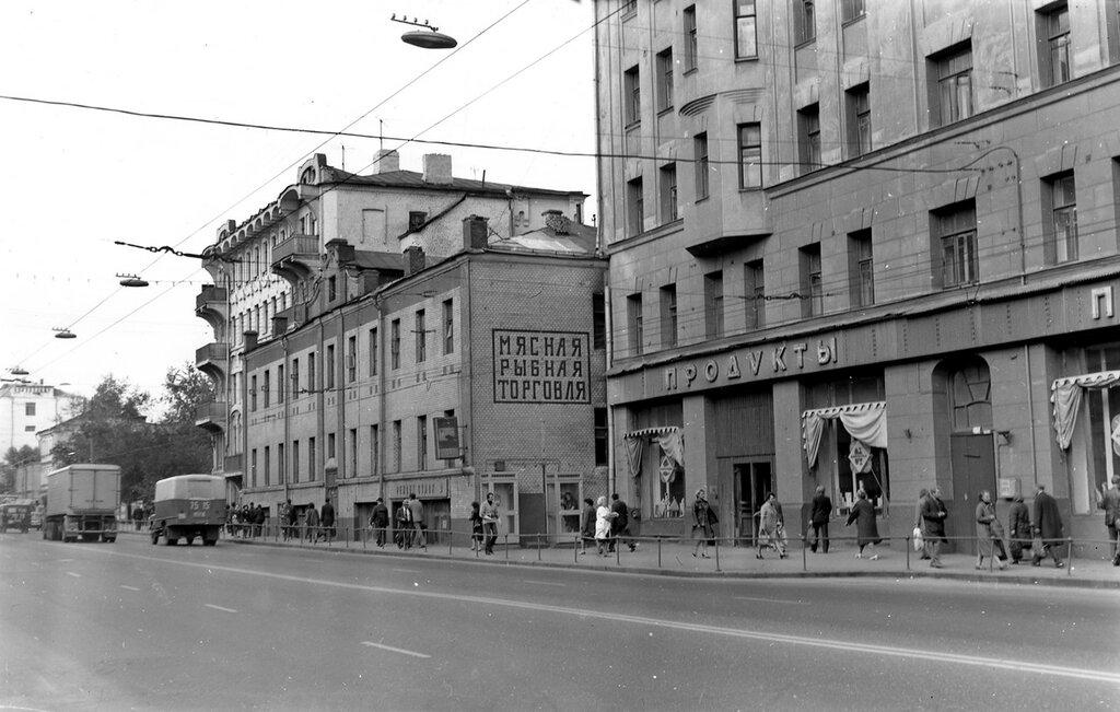 10157 Новослободская улица.jpg