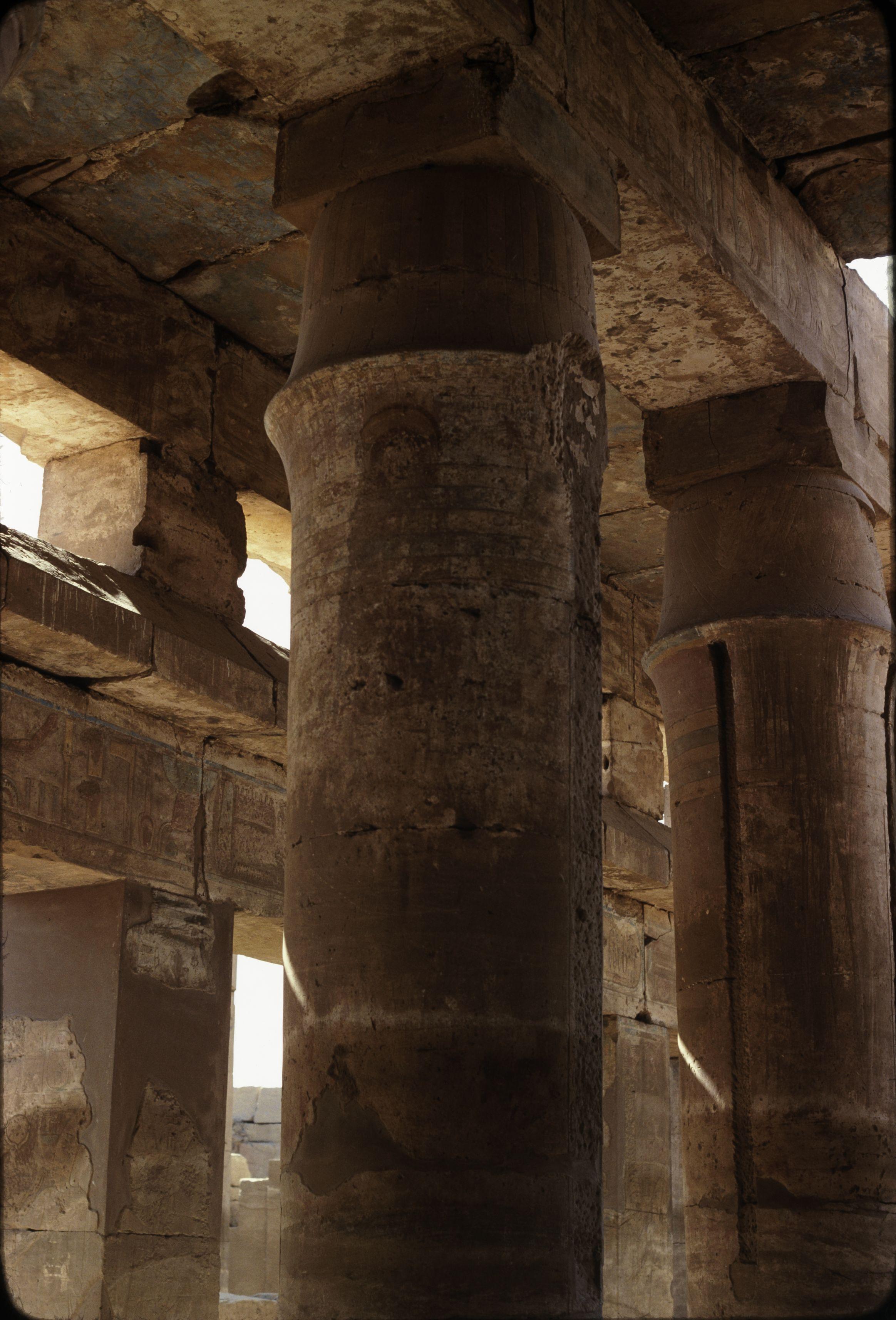 Храм Тутмоса III. Колонна с изображением Марии Коптской