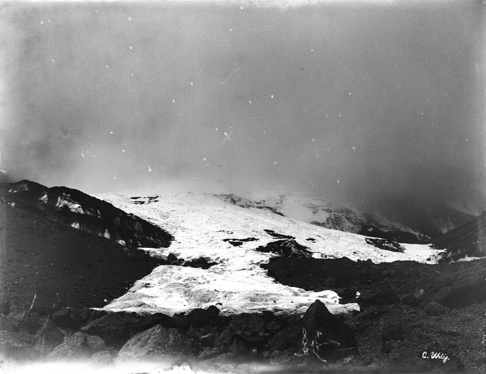 157. Заснеженный пейзаж на Килиманджаро