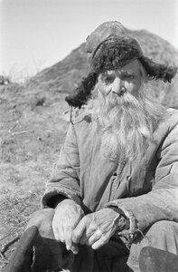 Портрет старого русского крестьянина в шапке (этнические типы)