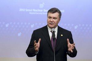 О чём думает Янукович? — ему не хватает решительности...