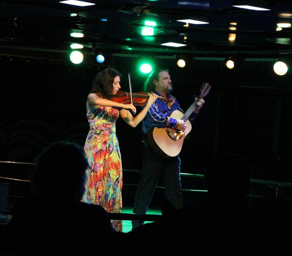 паром Принцесса Мария, Шоу в ночном клубе Columbus, The cruise ferry Princess Maria, Columbus club