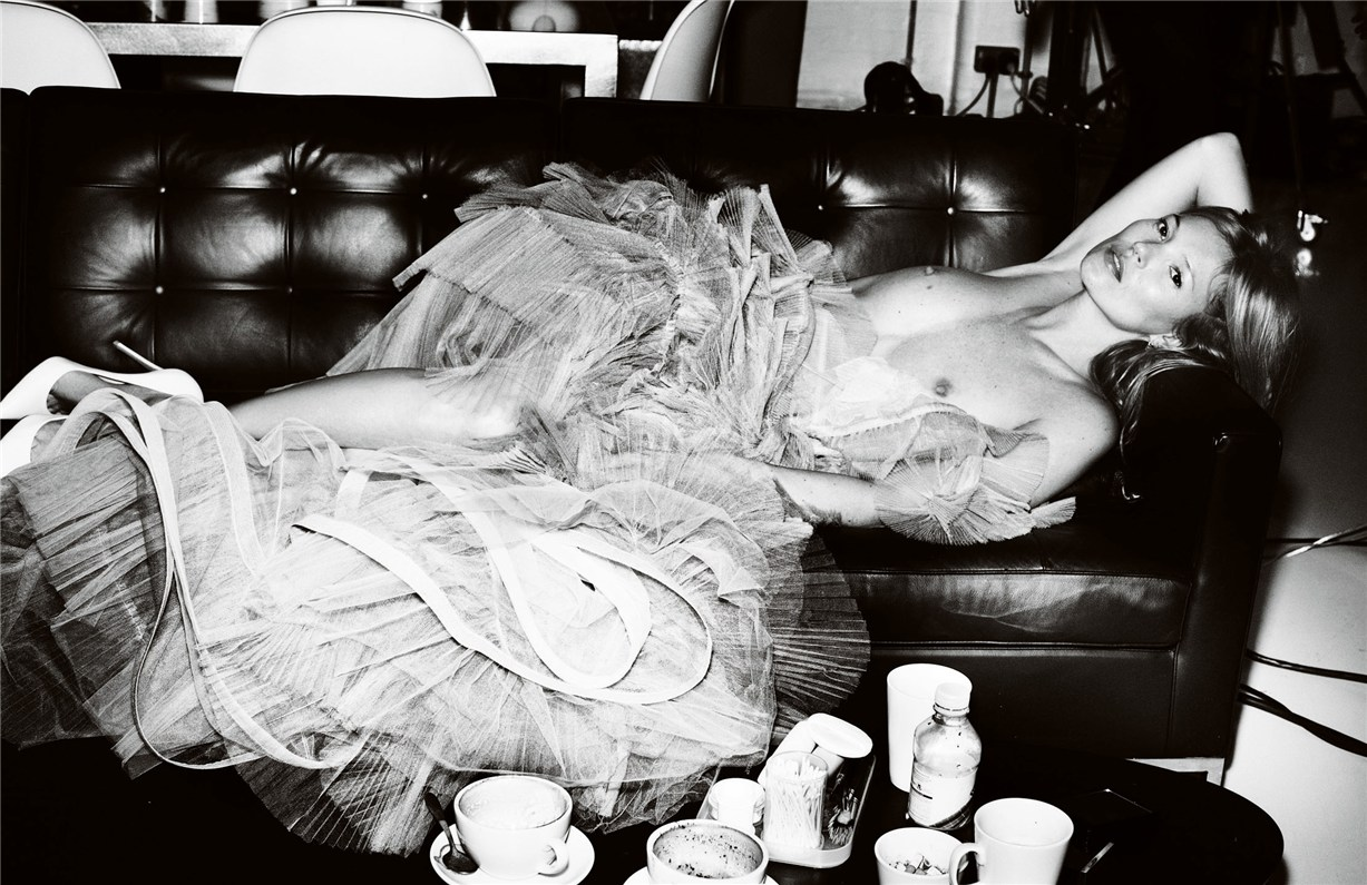 Kate Moss / Кейт Мосс, фотограф Mario Testino / Vogue UK may 2013