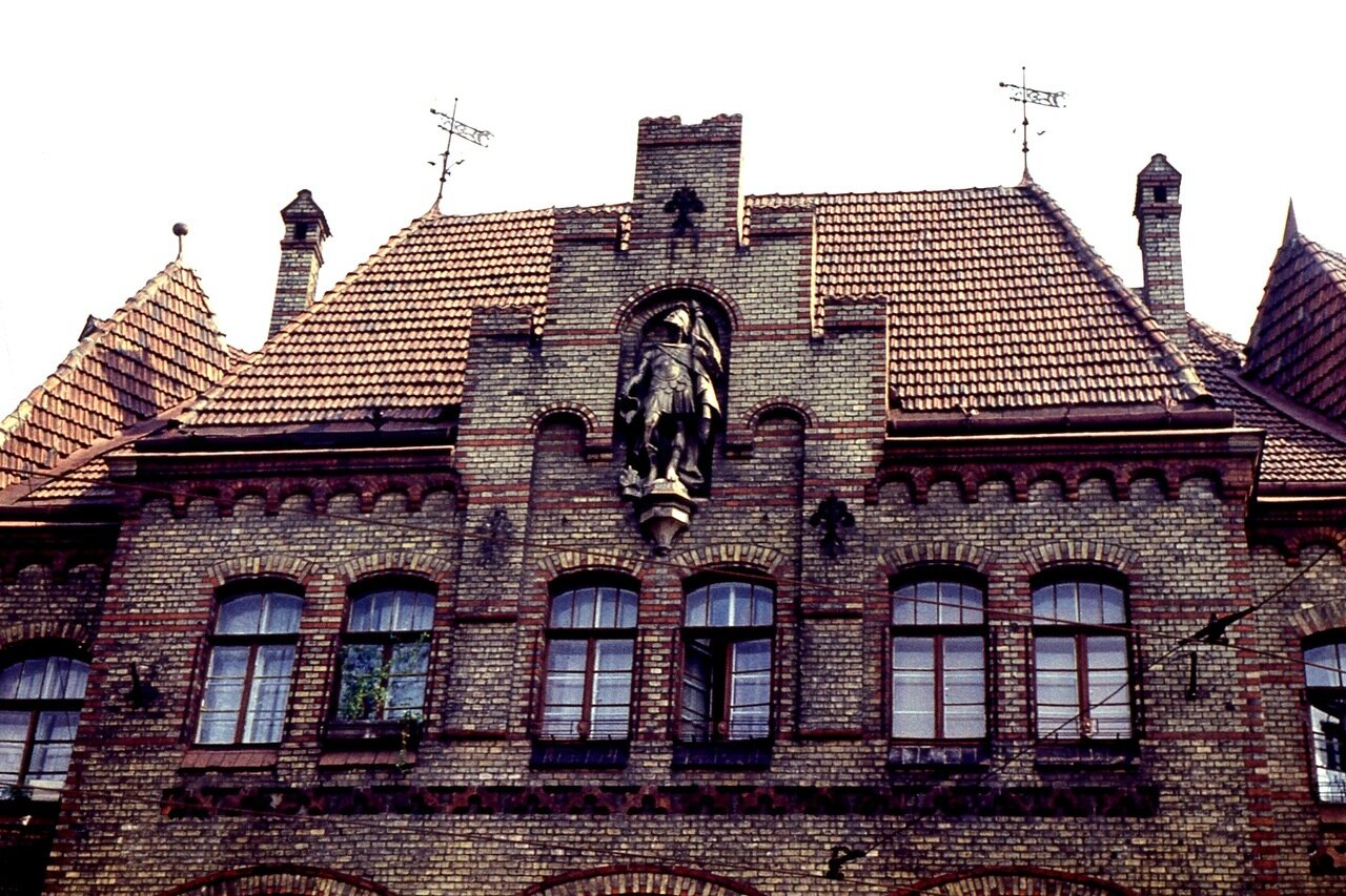 4.  Рыцарский  замок