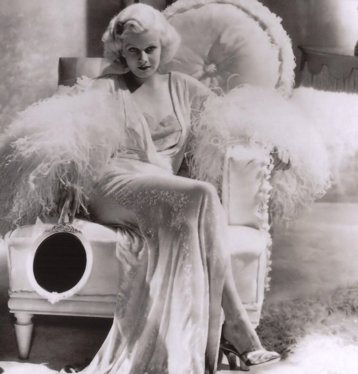 Hundreds of Jean Harlow pictures
