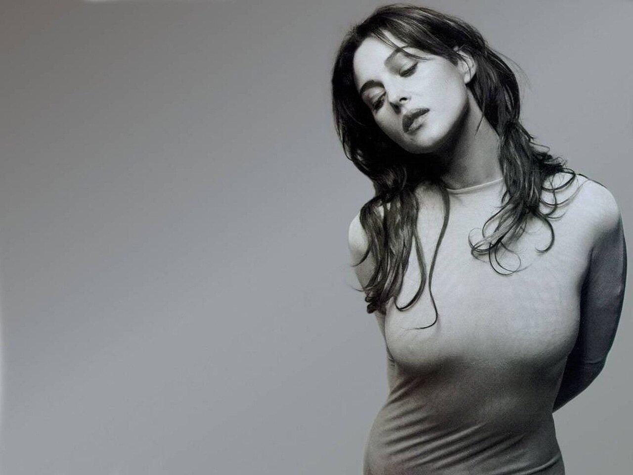Фото голылых женщин на стройке 16 фотография