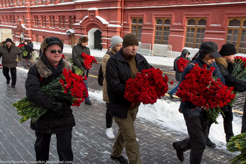 Москва торжественно помянула Сталина (фото) GA8A9901.jpg