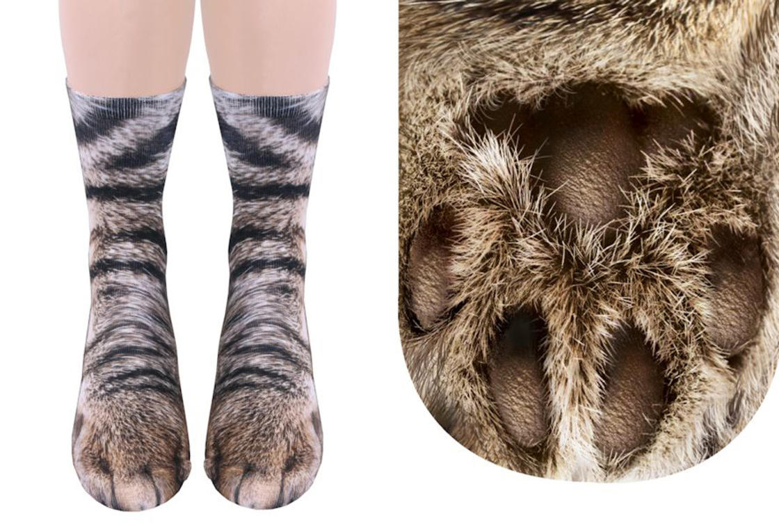 These animal socks turn your feet into cat or dog paws (10 pics)