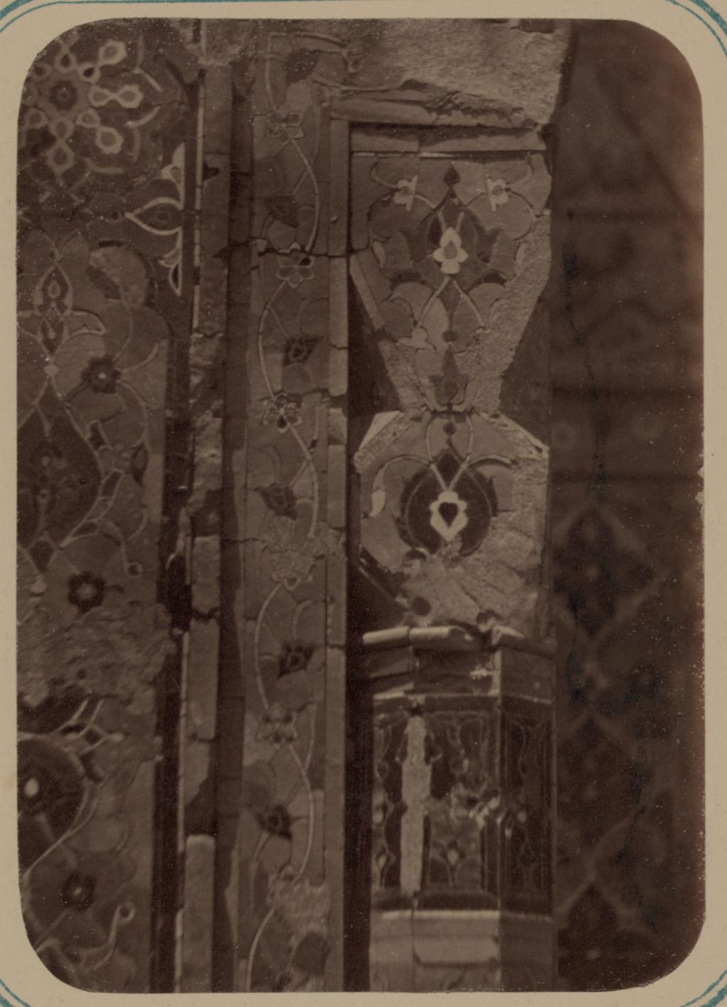 Мавзолей дочери эмира Ходжи Туглу-Текин. Капитель колонны