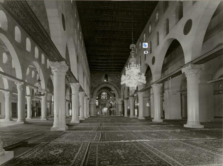 Иерусалим. Мечеть Эль-Акса (интерьер)