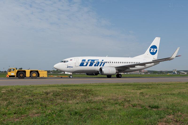Boeing 737-524 (VP-BXO) ЮТэйр DSC_1476