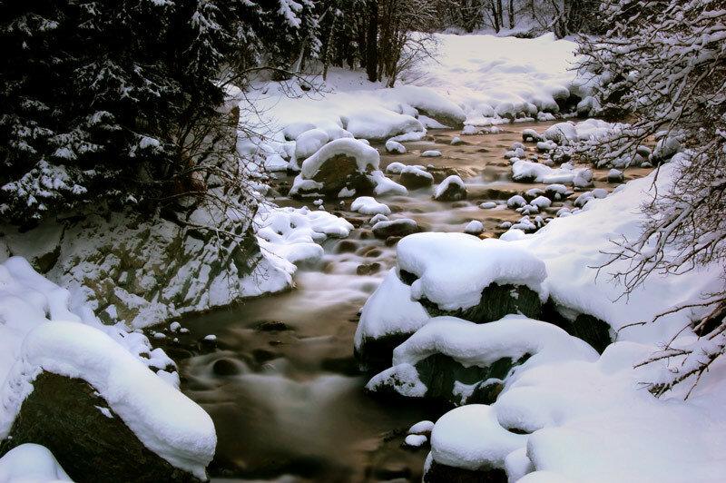 Отдых в горах - величественный Домбай