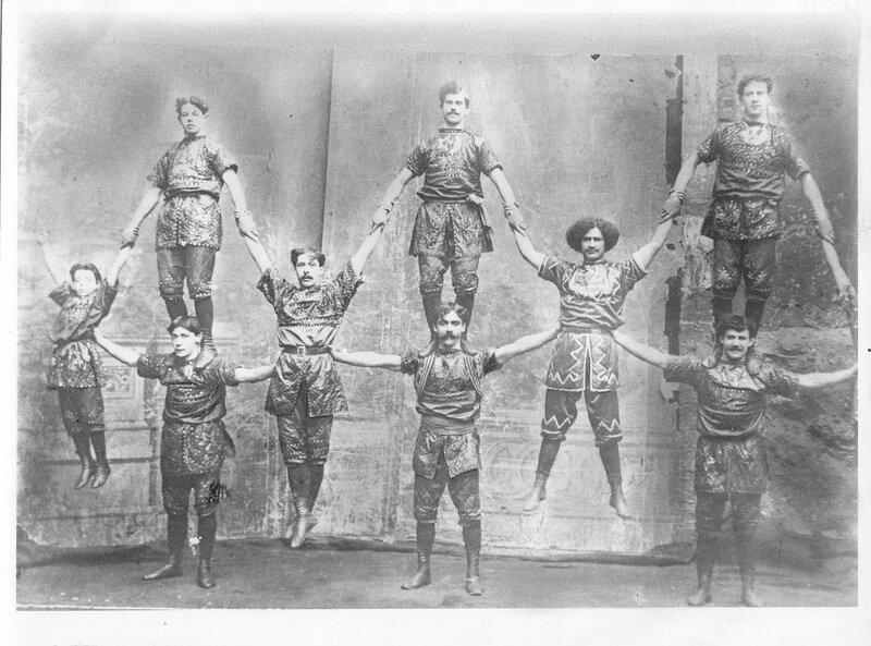 "hamad, ""the ironman"" (center), ca. 1900"