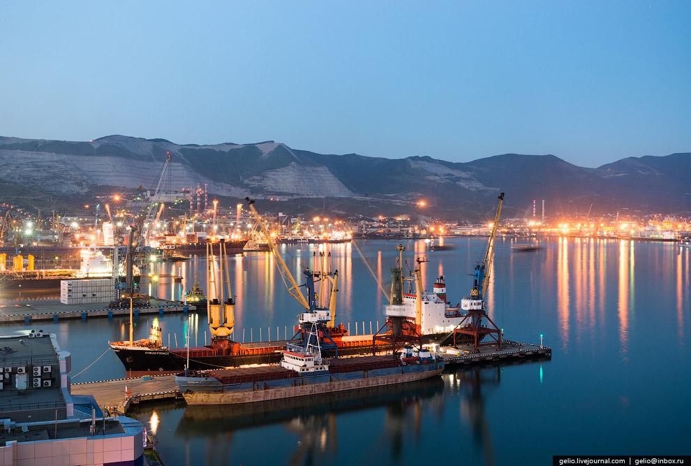 9. Меньше всего заходов в порт совершают контейнеровозы, хотя в последние годы их количество растет.