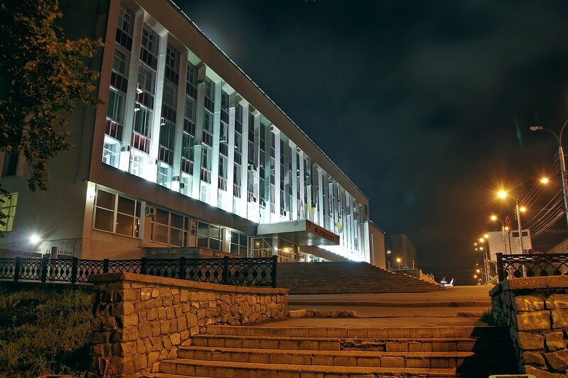 Администрация г. Кирова в ночном освещении IMG_7757_7758_7759_hdr
