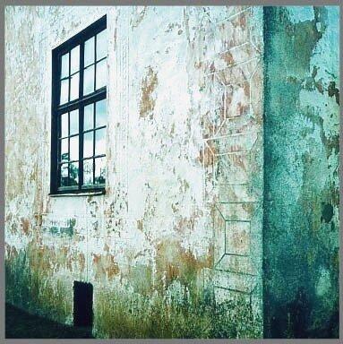 Рустованный угол, фото Р. Римша, 2002 г.