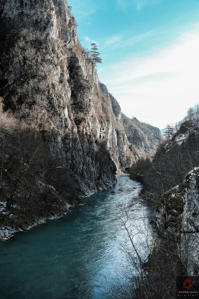 Купить резину спб черногория купить шины r16 205 55 в питер