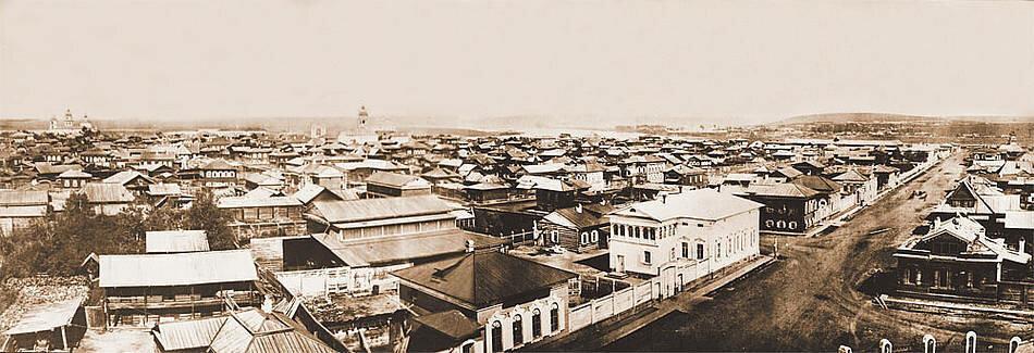 Панорама старого Иркутска до пожара. Фото А. К. Гофмана. 1866. Снято с колокольни Благовещенской церкви