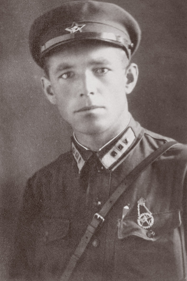 Маслов Александр Спиридонович, капитан, ком АЭ