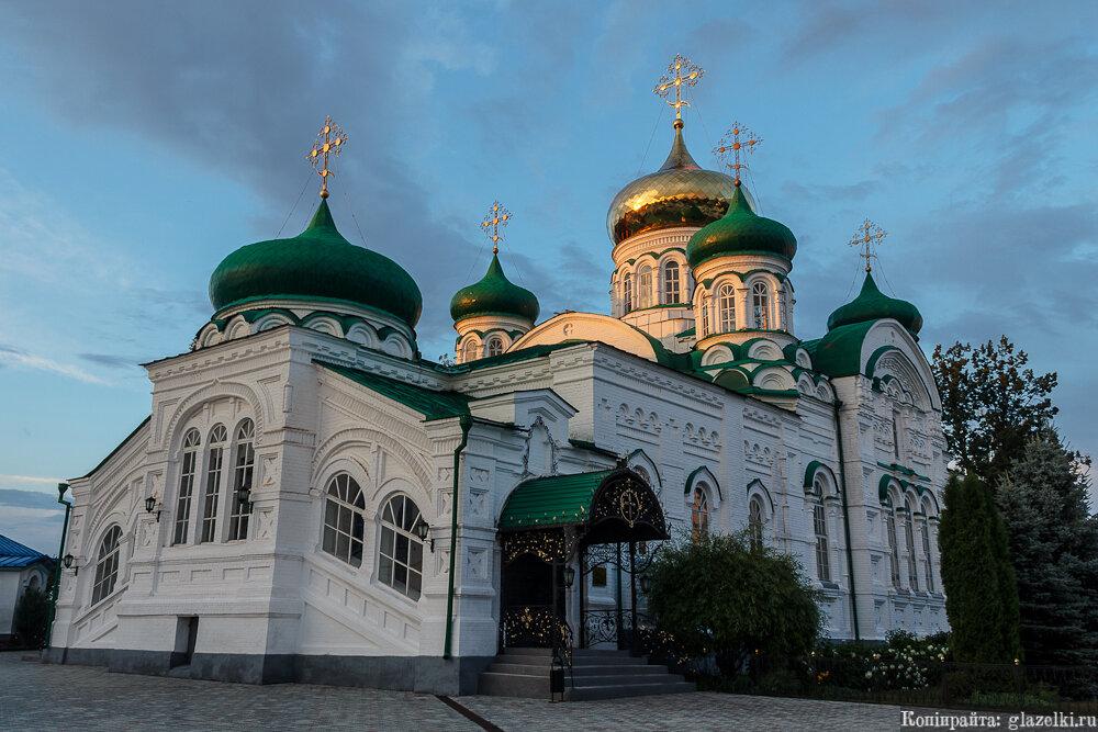 Раифский Богородицкий монастырь. Собор Троицы Живоначальной.