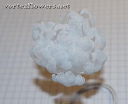 Как сделать пион из ткани, как собрать цветок из ткани.
