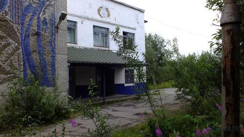 Фото города Инта №5453  Правая часть южной стороны ДК