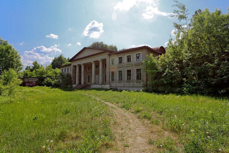 Господский дом усадьбы Подъячево