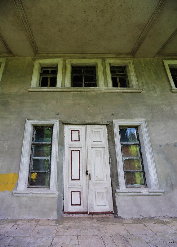Северный вход усадьбы Подъячево