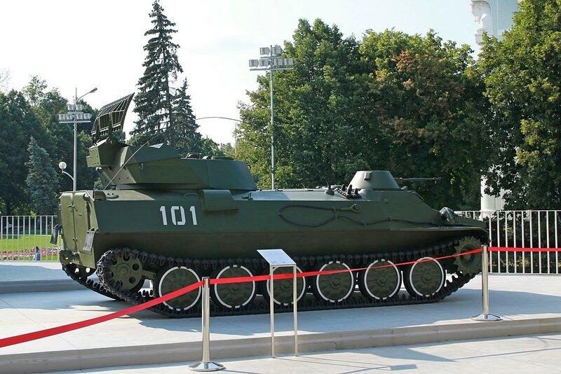 Мобильная радиолокационная станция наземной артиллерийской разведки СНАР-10 1РЛ232 - Военная техника на ВДНХ