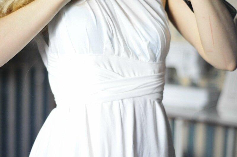 Платье из простыни фото